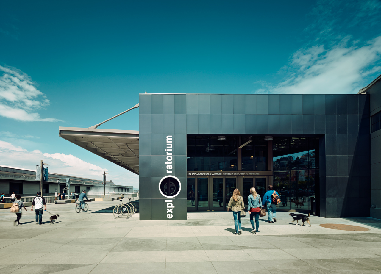The-Exploratorium-Outside.jpg