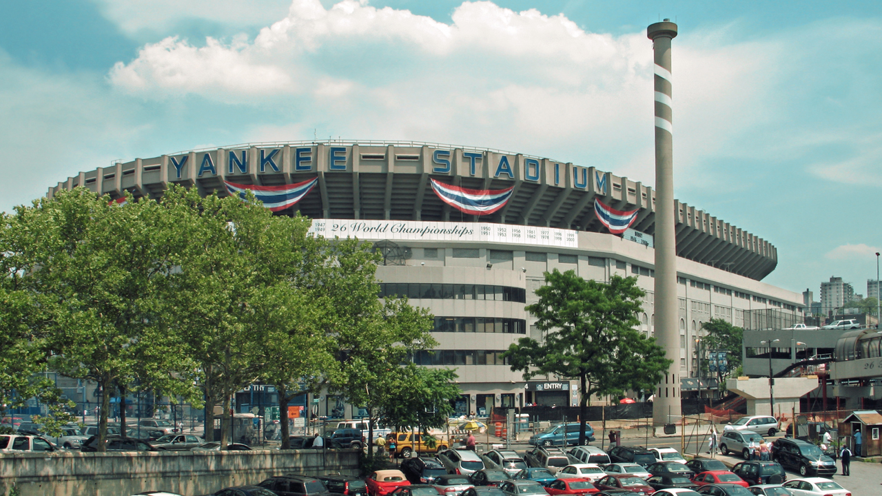 Yankee-Stadium-External-View.jpg